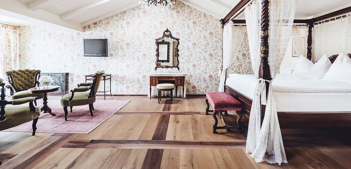 Castel Fragsburg Room